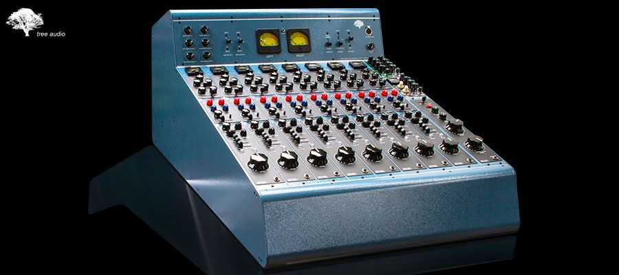 console-a-tubes-tree-audio-the-roots.jpg